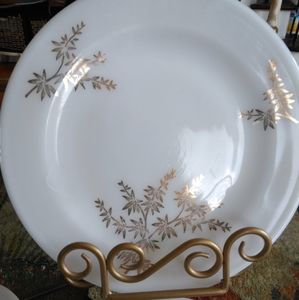 Vintage Milkglass with gold leaves